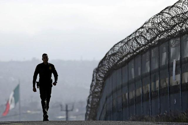 Trump forciert Bau der Mauer