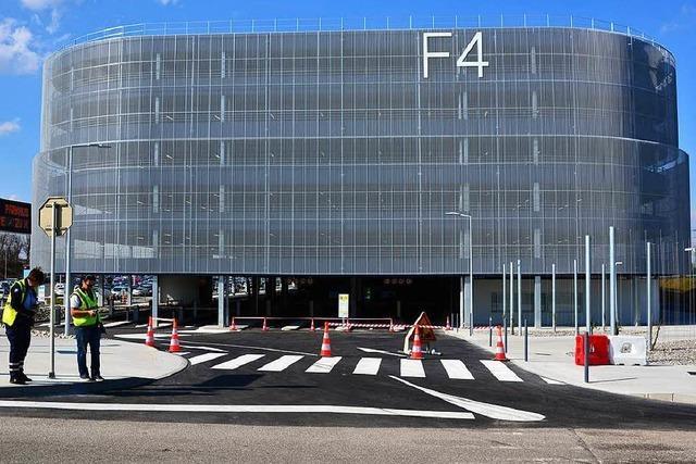 Der Euro-Airport eröffnet ein neues Parkhaus