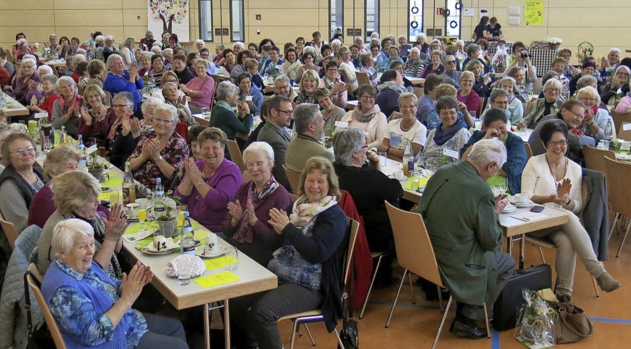 Rund 250 Landfrauen waren zur Bezirksv...in der Bonndorfer Stadthalle gekommen.  | Foto: Erhard Morath
