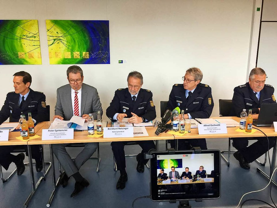 Am Dienstag hat das Polizeipräsidium F...atistik für das Jahr 2016 vorgestellt.  | Foto: Joachim Röderer