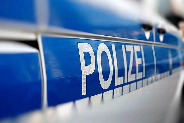 8000 Euro Schaden nach Unfall von Firmenwagen in Bad Säckingen