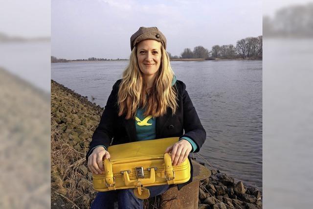 Anna Magdalena Bössen stellt in der Buchhandlung Kastl in Lörrach ihr Werk