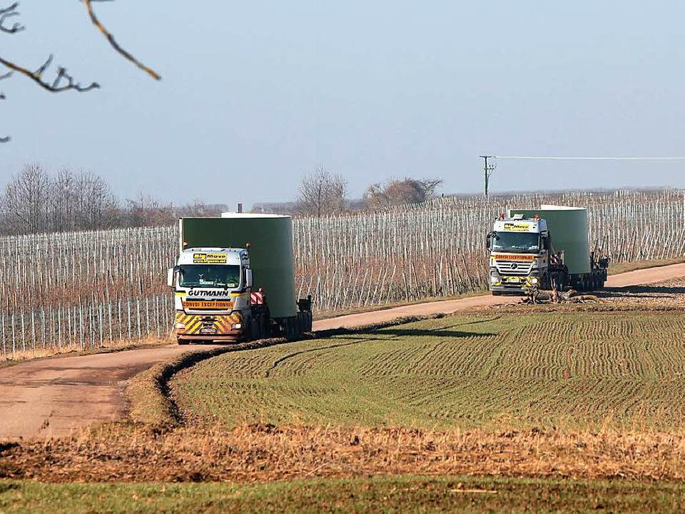 Schwertransporte für den Windpark in Diersburg  | Foto: Christoph Breithaupt