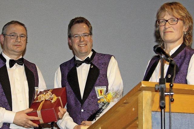 Hans-Peter Jungck spielt seit 40 Jahren Akkordeon