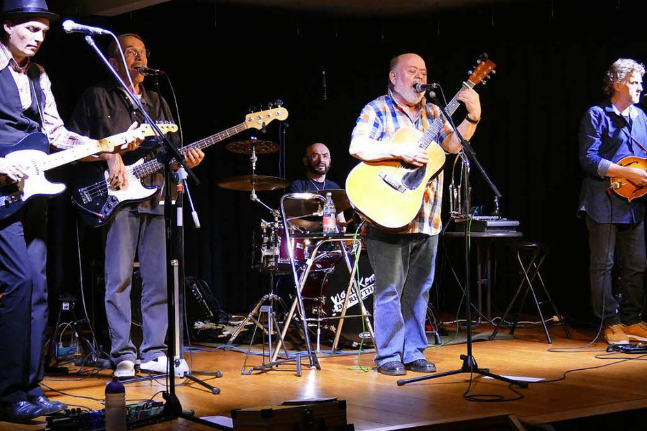 Impressionen vom Konzert von Ray Austin & Friends im Salmen in Hartheim (Foto: Hans-Peter Müller)