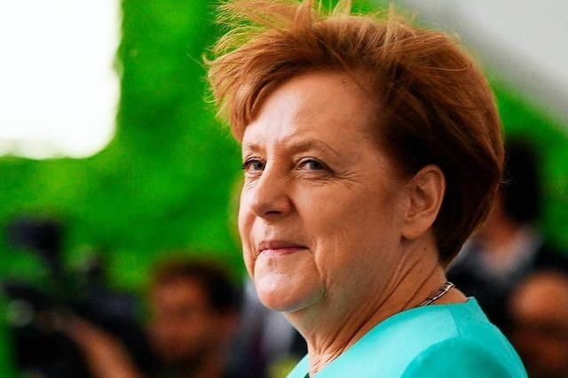 Konservative Kritiker von Merkel gründen Verband