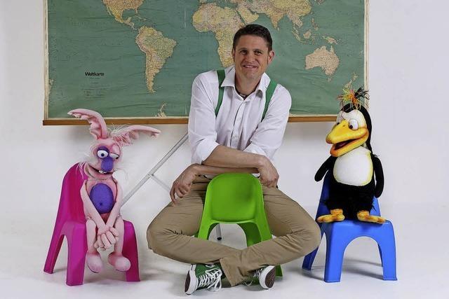 Weltreise mit Hits für Kids mit Tobias Gnacke im Kulturkeller Koffer Hugsweier