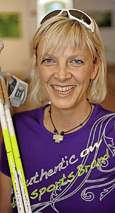 Die Nordic-Walking-Expertin Anke Faller   | Foto: privat