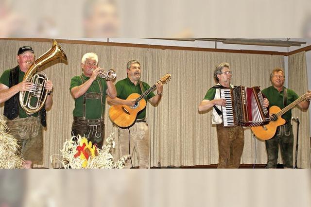 Musikgruppe MOST spielt in Berlin auf Einladung der Rothaus-Brauerei