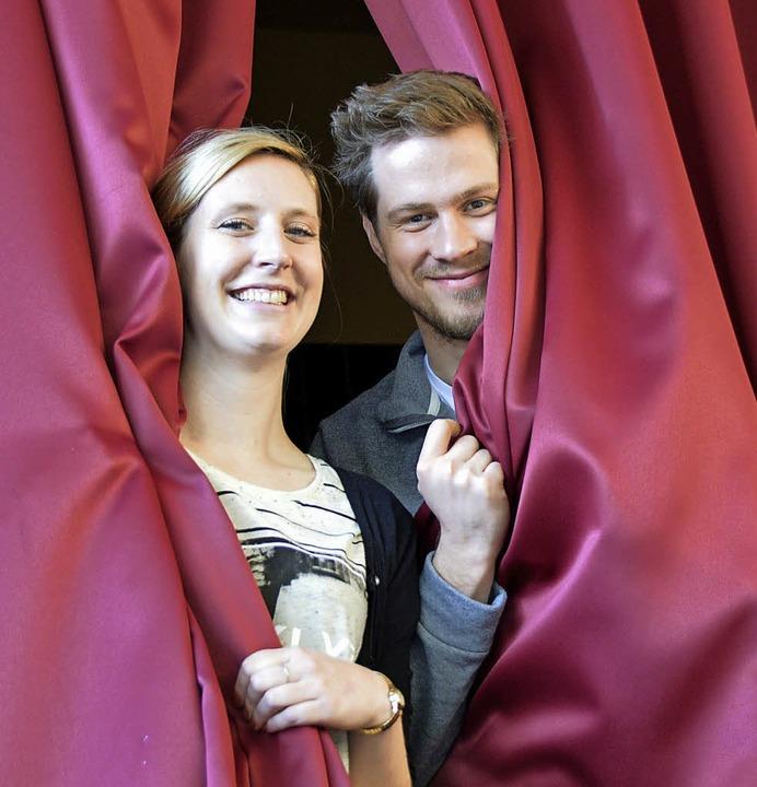 Kristina Boos und Sebastian Heinricht ...projekt an der Hans-Thoma-Schule ein.     Foto: Horatio Gollin