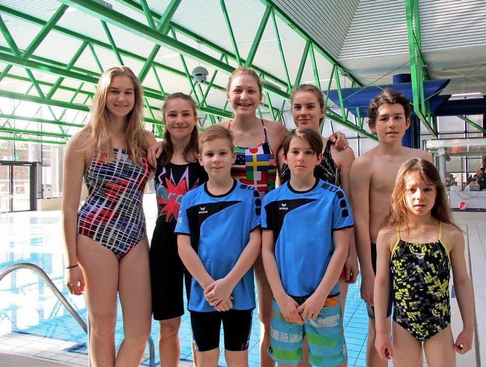 Tina Schindelhauer, Johanna Steffen, F...ahrgangsmeisterschaften im Schwimmen.   | Foto: Verein