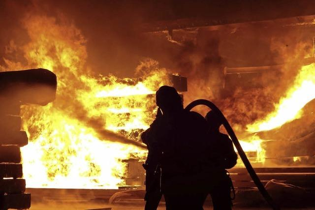 Millionenschaden bei Brand
