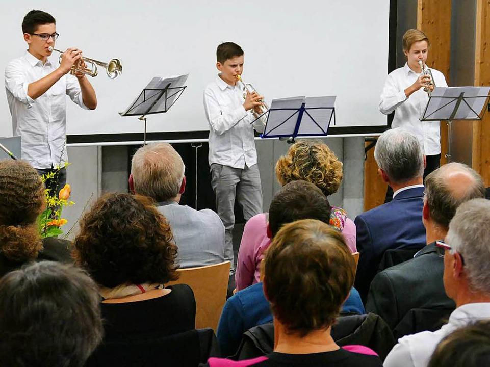 Trompetentrio Tobias Müller, Lukas Sch... Tim MacLeod von der Jugendmusikschule  | Foto: Hans-Peter Müller