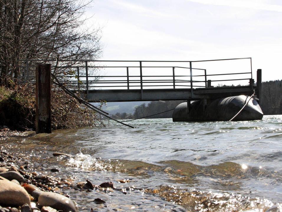 Im Moment führt der Rhein viel Wasser ...nnet aber praktisch auf dem Trockenen.  | Foto: Jörn Kerckhoff