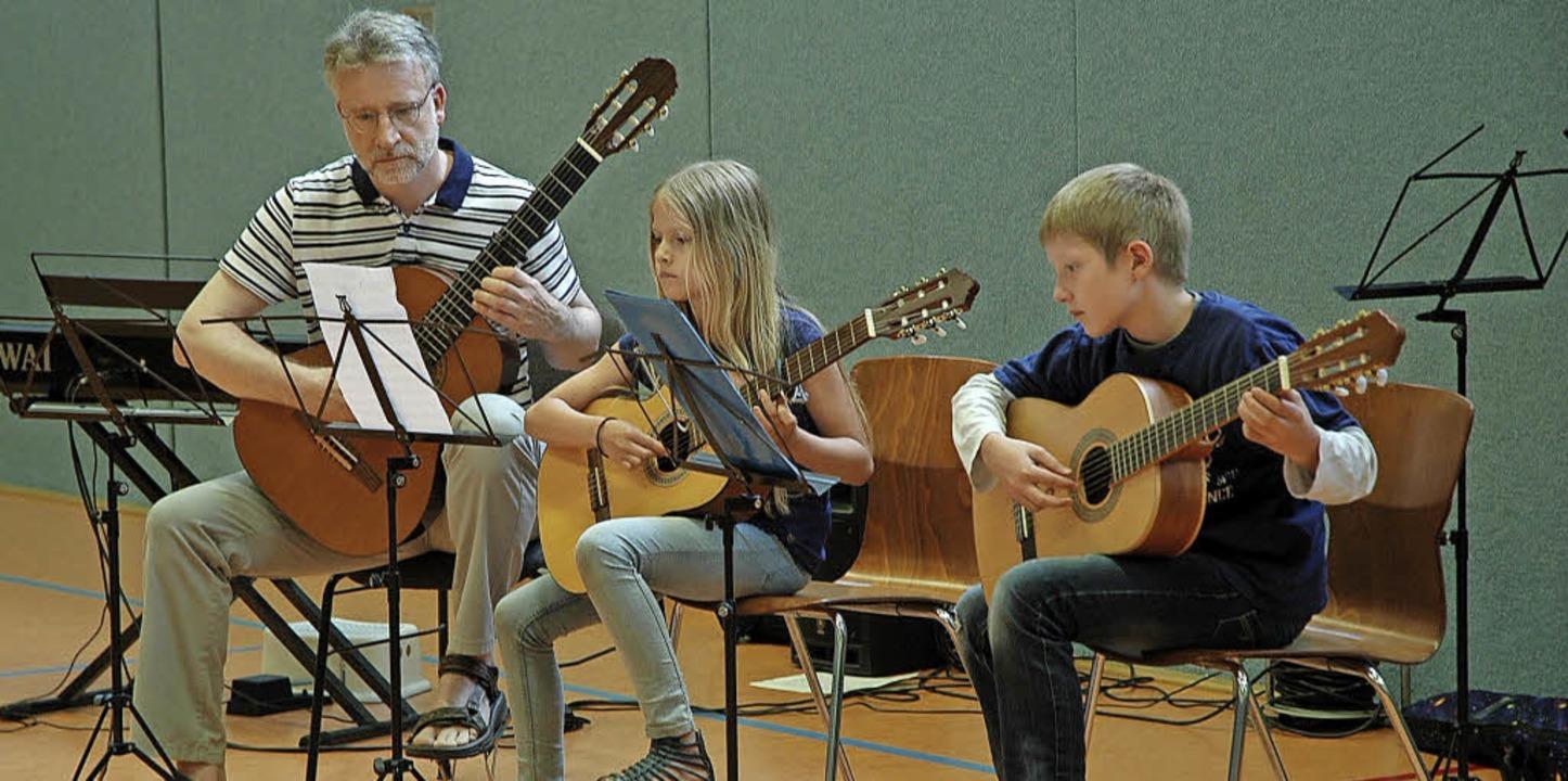 Nicht jeder kann sich den Unterricht a...rotzdem ein Instrument lernen wollen.   | Foto: Heidemarie Wussler