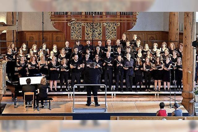 Basler Orchester Trirhenum und Chor der Uni Bern führen das Requiem von Dvorak auf