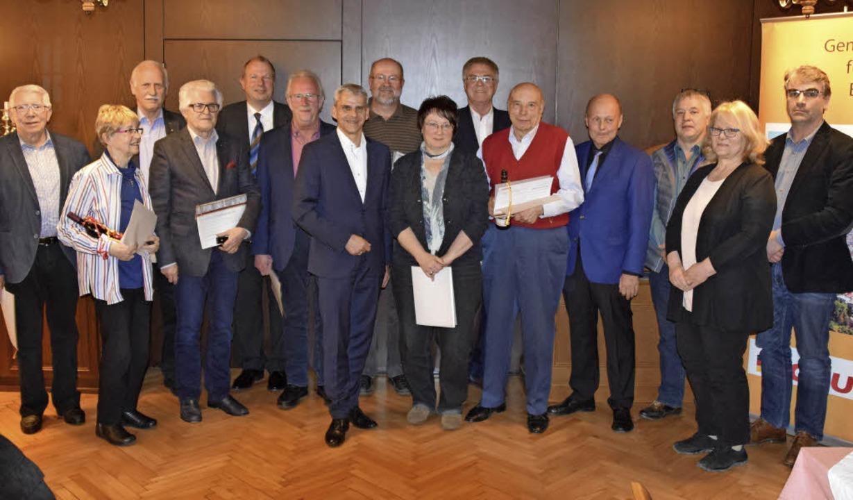 Landtagsabgeordneter Patrick  Rapp (Bi...für ihre langjährige Treue zur Partei.  | Foto: Hans-Jochen Voigt