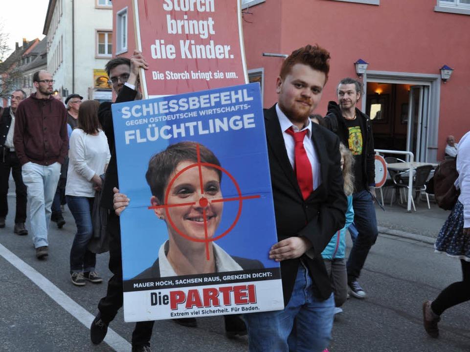In Breisach hat eine Anti-AfD-Demo stattgefunden.  | Foto: Kai Kricheldorff
