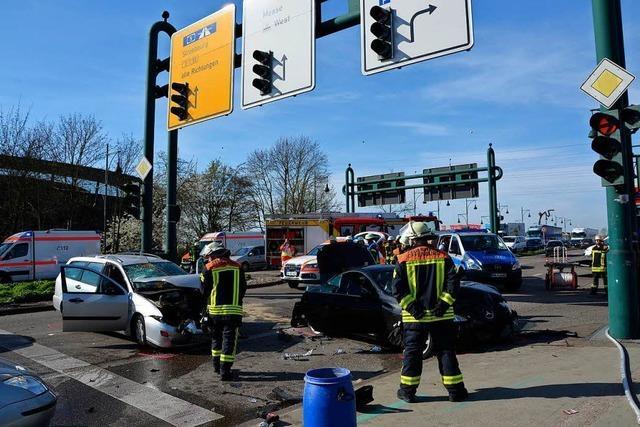 Schwerer Unfall an der westlichen Stadtausfahrt