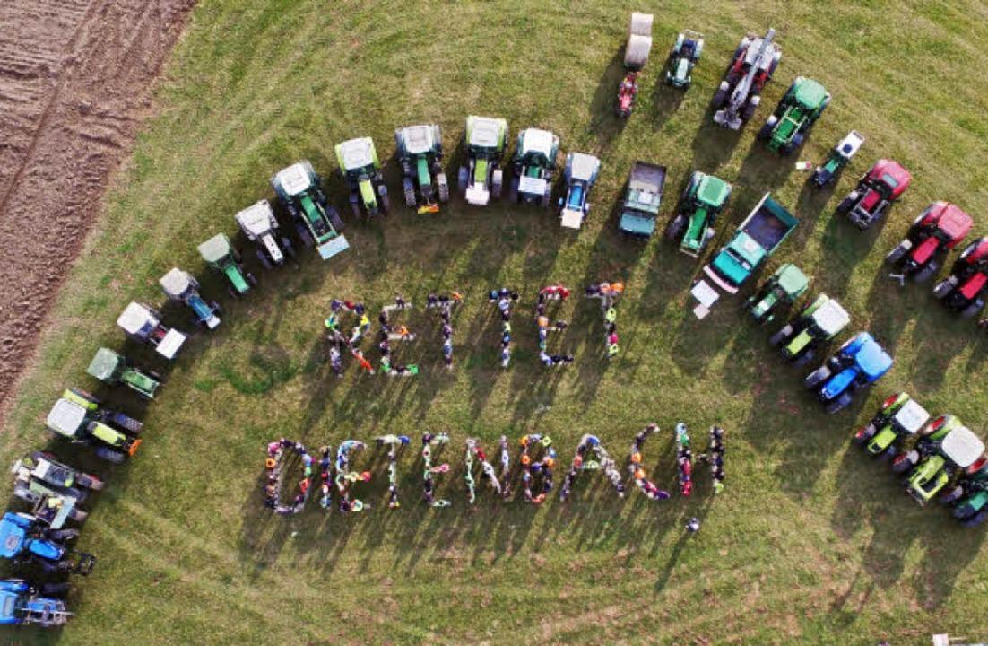 """Kreativer Protest: Demo der """"BI Pro Landwirtschaft""""     Foto: privat"""