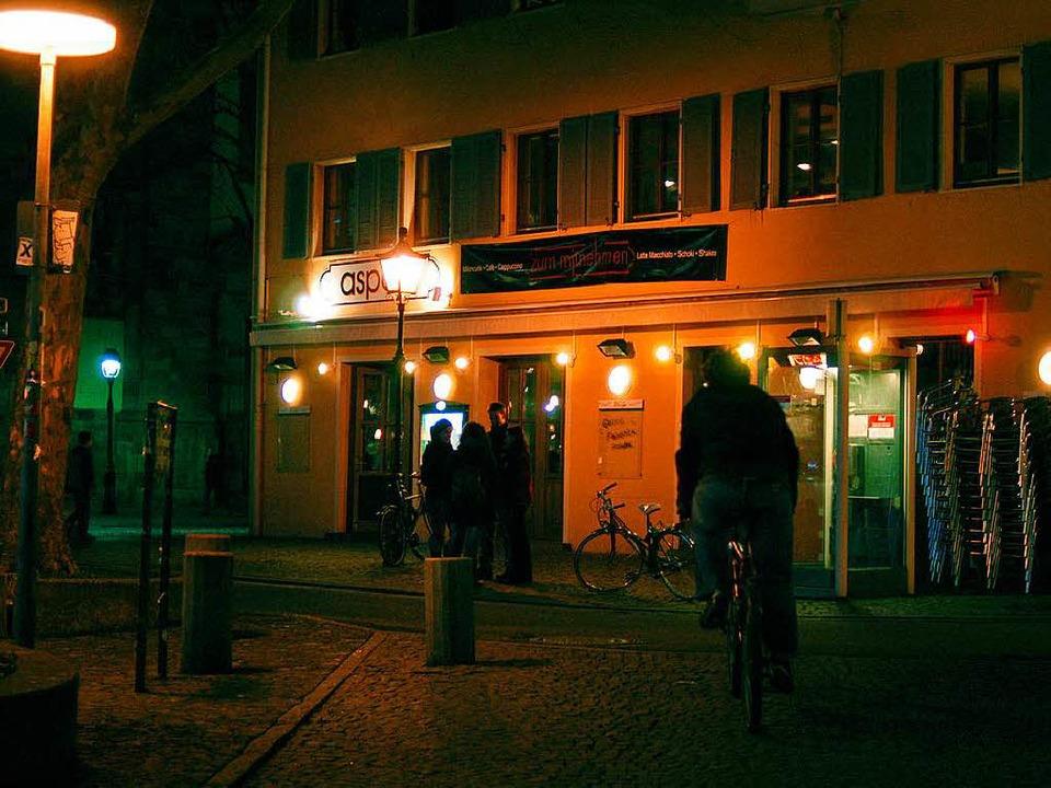 Mit dem Café Aspekt hat erneut ein beliebter Treffpunkt seine Türen geschlossen.  | Foto: Ingo Schneider