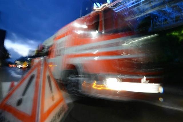 Nächtlicher Küchenbrand in Freiburger Hochhaus wird rasch gelöscht