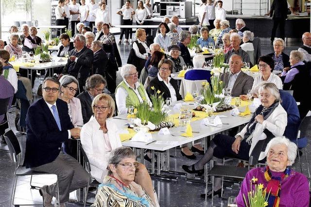 Das Fest der 100 Alten