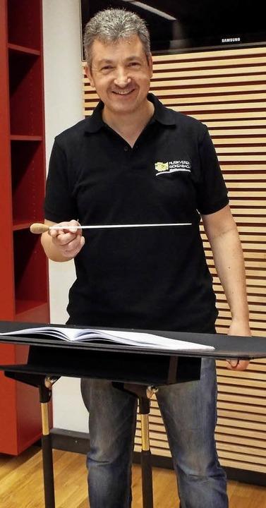 Der neue Dirigent des MV Rickenbach is...it Januar dieses Jahres Stefan Wagner.  | Foto: Wolfgang Adam
