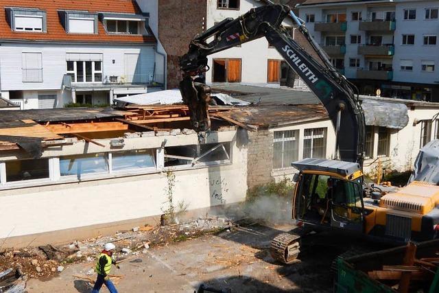 Schopfheim: Abriss auf dem Uehlin-Areal begonnen