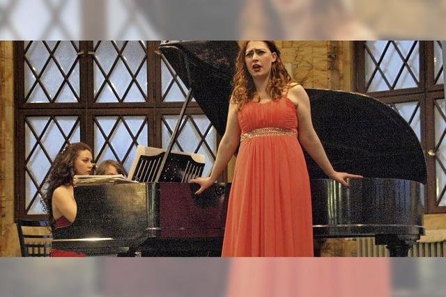 Hineinversetzt mitten in die Opernszenen