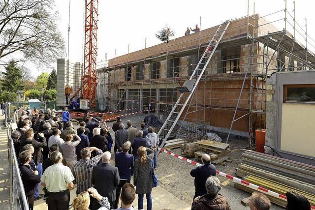 Richtfest für das neue Verwaltungsgebäude auf dem Friedhof