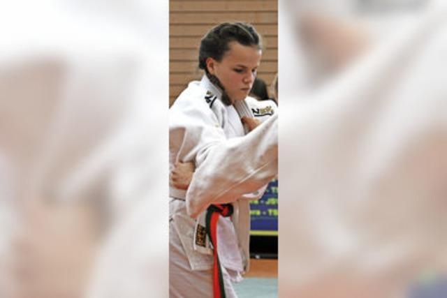 Medaillenregen für Haltinger Judoschule