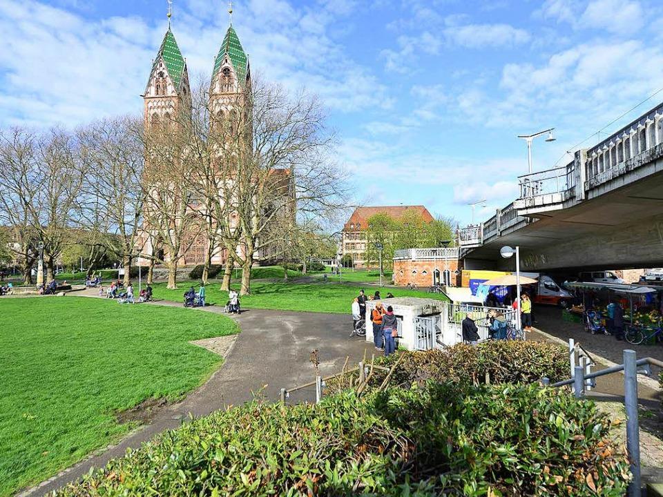 Unter der Stadtbahnbrücke wurde der 26-Jährige angegriffen (Symbolbild).    Foto: Ingo Schneider
