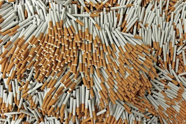 Massenweise Zigaretten geschmuggelt