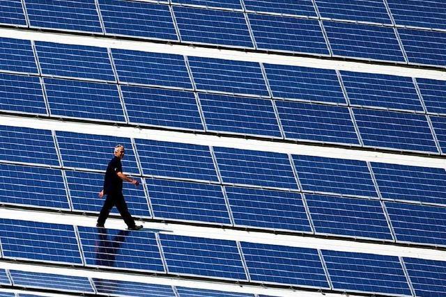 Preisverfall hilft beim Ausbau von Wind- und Solarkraft