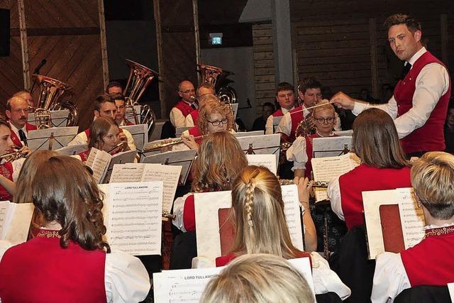 Big Band Sound, Pop-Polka und Konzertmärsche