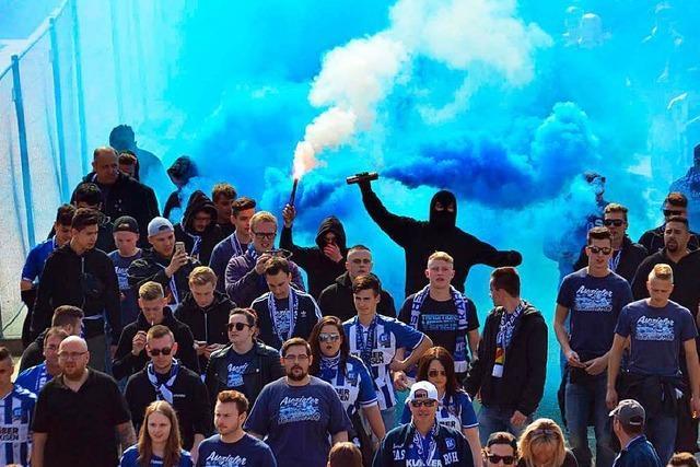 Fan-Randale überschatten Stuttgarter Sieg gegen den KSC