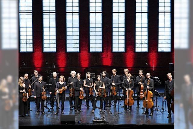 Orchester aus Stuttgart spielt