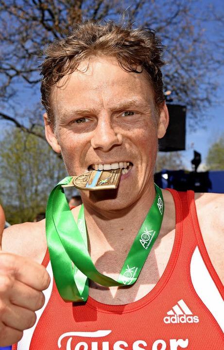 Eine Medaille gibt es für Benedikt Hof...elleicht wieder beim Schluchseelauf.    | Foto: seeger