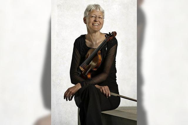 Musik zur Todesstunde Jesu mit Ines Then-Bergh (Violine) und Traugott Fünfgeld (Orgel) in der evangelischen Stadtkirche