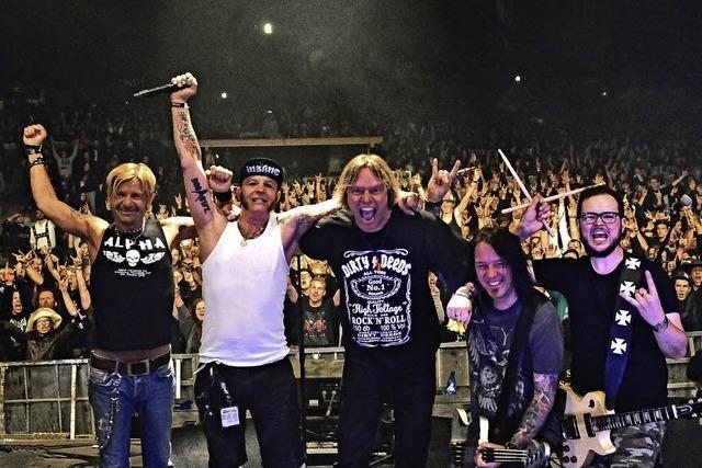 Dirty Deeds spielen AC/DC, Hammersmith spielen Motörhead im Schlachthof