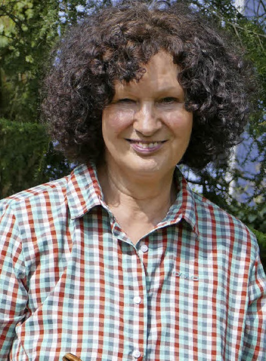 Bietet Wanderungen durch die Region an: Gästeführerin Rosemarie Riesterer.   | Foto: Andrea Strumberger