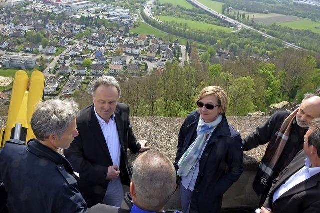 Finanzministerin Sitzmann besucht Burg Rötteln