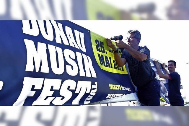 Banner für das Festival