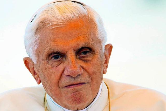 Der Schatten-Papst: Benedikt XVI. feiert 90. Geburtstag