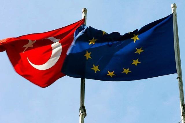 Nach Abstimmung in der Türkei: Wie reagiert Deutschland?
