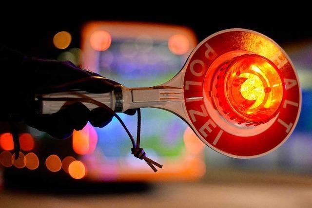 Polizei stoppt Autofahrer unter Alkoholeinfluss
