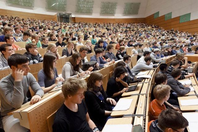 Uni-Küken haben es an den Hochschulen nicht immer leicht