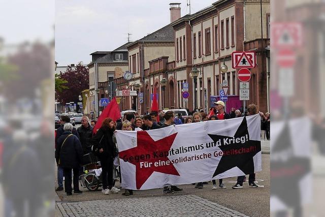 Demo gegen Militarisierung
