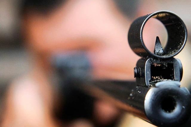Einbrecher erbeuten sechs Luftgewehre aus Sportschützenverein